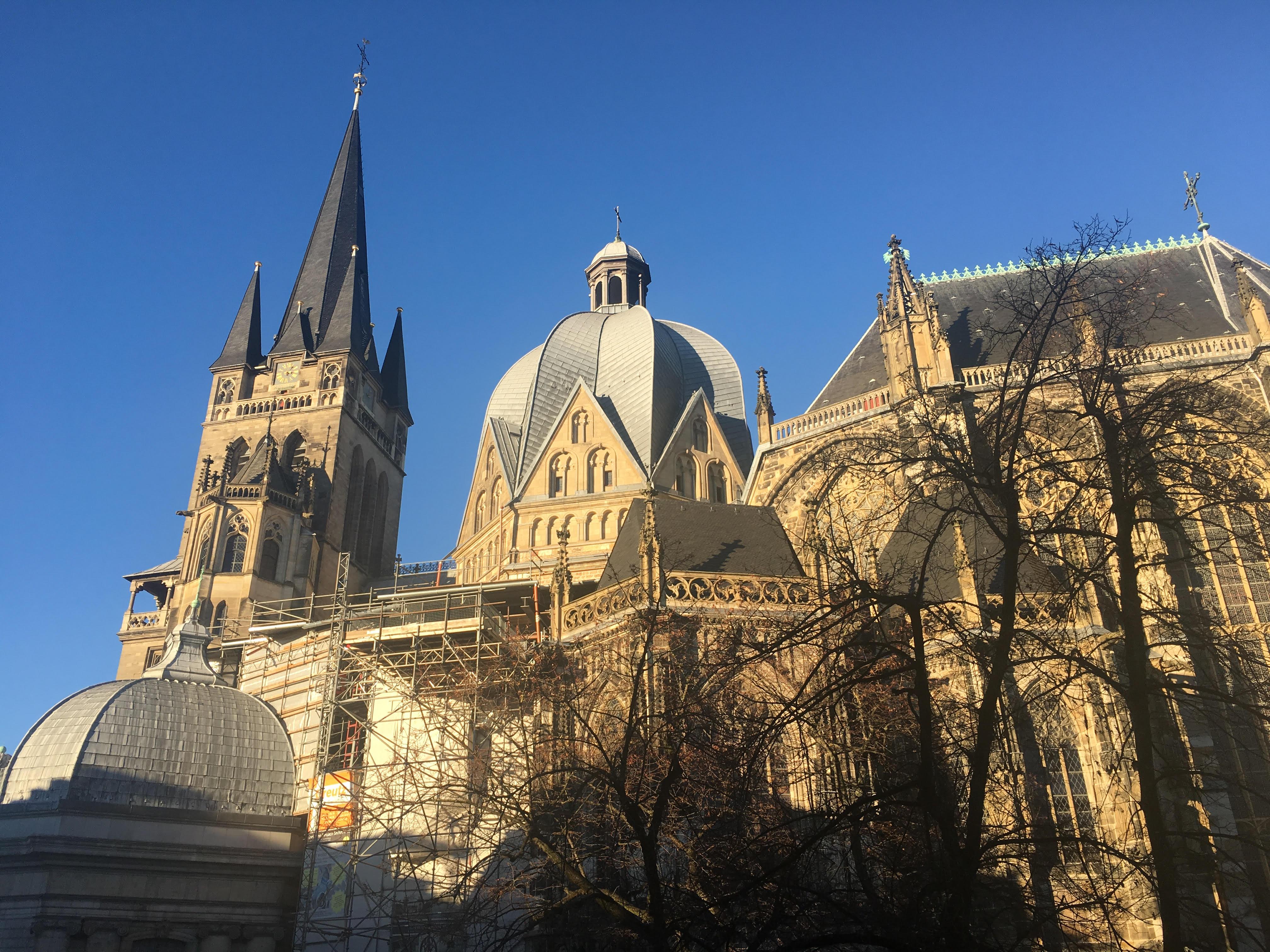 Aachener Dom Herbst